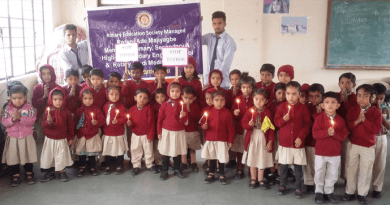 Students of the Rotary Ade Majiyagbe Memorial English Medium Madhyamik School, Kutch.