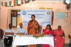 District Collector of Bharuch Avantika Singh launches the literacy project.