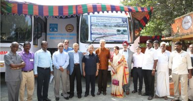 PRID Panduranga Setty, PDGs Raja Seenivasan and J B Kamdar, DG C R Raju, PRIPs Kalyan Banerjee and Rajendra K Saboo, Pakistan's National PolioPlus Committee Chair Aziz Memon and Marlene Kamdar during the inauguration of the eye camp.