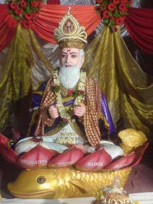 Jhulelal_hindu_deity