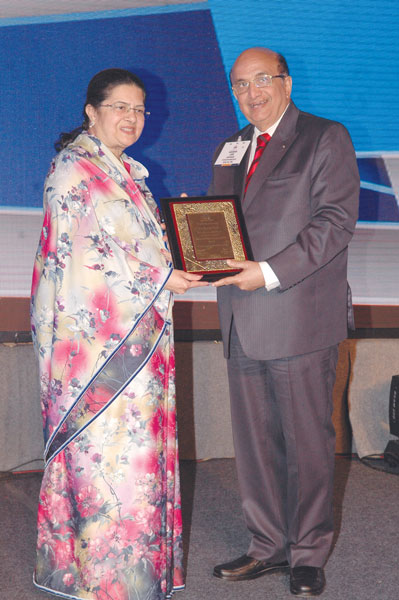 PRID Ashok Mahajan with Rajashree Birla.