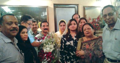 Kolkata Rotarians welcome Gulalai (head covered) and her parents.