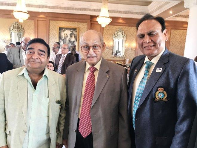 From L: Club President Mukesh Batra, TRF Trustee Chair Kalyan Banerjee and DG Mandhania.