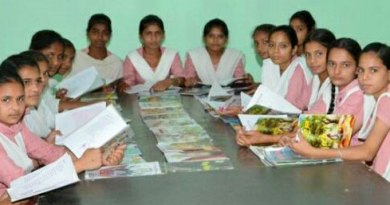 257---Happy-School-enthuses-students