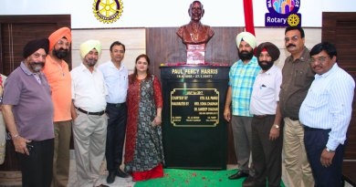 Rotarians of RC Sri Ganganagar with DG Bagh Singh Pannu (fourth from right). President Sandeep Chauhan (fourth from left) and Secretary Harvinder Singh Sandhu (second from right) at the installation event of the Paul Harris bust.