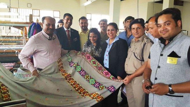 From L: DGP-Prisons Somesh Goel, IPP of RC Shimla Manu Aggarwal, Savita Goel, DGM - Singer India Alpana Sarna and the then Jail Superintendent SC Sharma at the tailoring unit.