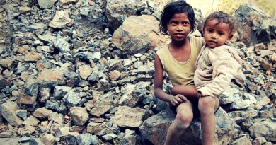 Poor children in need of nourishment. Photo: Wikimedia Commons
