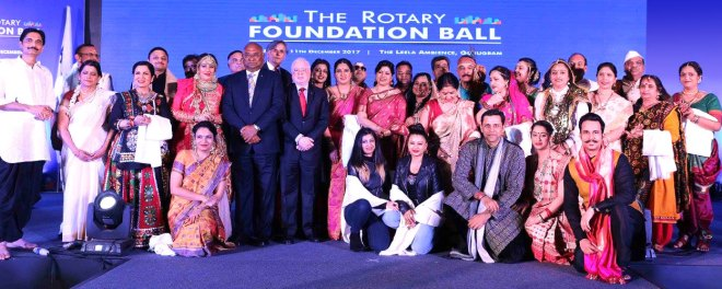 RID C Basker, TRF Trustee Sushil Gupta and DG Ravi Choudhary with participants of the ramp walk.