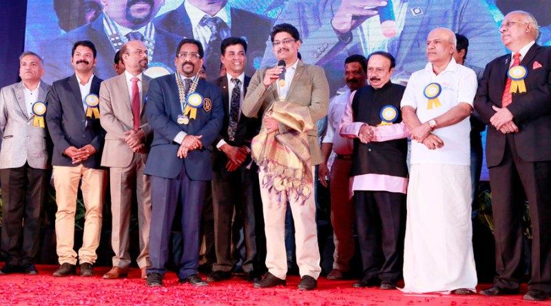 AKS member Sudhi Jabbar being felicitated by EMGA K P Nagesh, DG Suresh Mathew, PDG Reghunath, District TRF Chair K Babumon and D 3231 DG Jawarilal Jain.