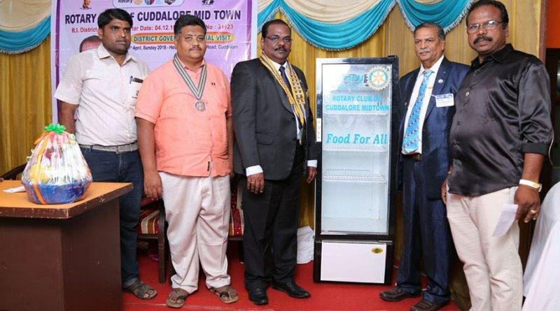 From left: RC Cuddalore Midtown Secretary P Santhosh Kumar, President B Murugan, DG Ramesh Babu, AG Madanchand Jain and IPP Apparsamy  Balasubramanian at the inauguration of the 350-litre fridge.