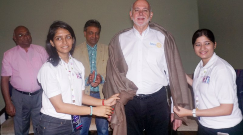 RIPE Rassin being honoured by DRREs Hansika (left) and Nishita as RID C Basker and DG Prafull Sharma look on.
