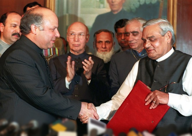 With Pakistan Prime Minister Nawaz Sharif. Also seen in the picture (from R) Jaswant Singh, Sartaj Aziz and Mushahid Hussain.