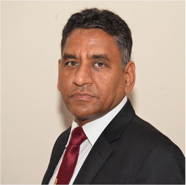 Barjesh Singhal Stock broker, RC Jalandhar, D 3070