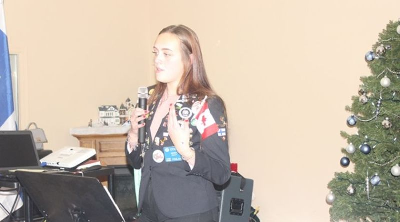 otary Exchange Student Noora Ojanen gave a presentation at the Melfort Rotary Club meeting.