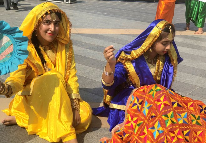Artists depict Punjab's traditional phulkari embroidery at the Peace Rally
