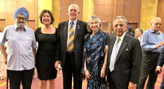 President Rassin, Esther and PRIP Saboo, and PDG Madhukar Malhotra with invitees at the dinner hosted by the Saboos.