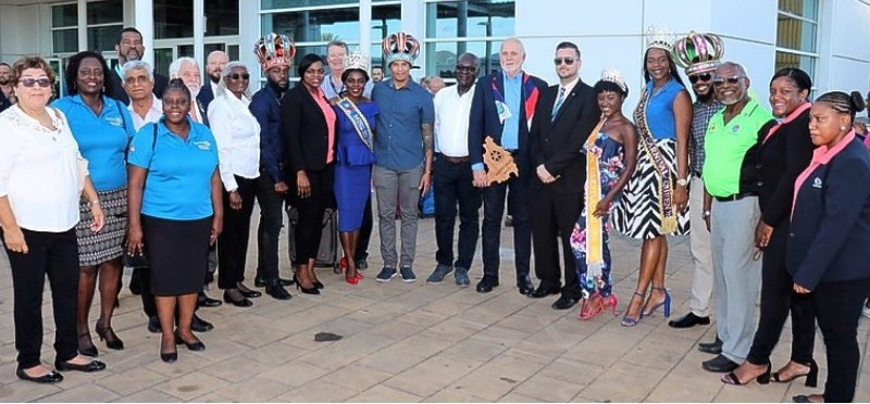 Tourism Minister Stuart Johnson, Rotary International President Barry Rassin and several members of various Rotary Clubs in St Maarten pose for a photo shortly after Rassin arrived at Princess Juliana International Airport on Wednesday.