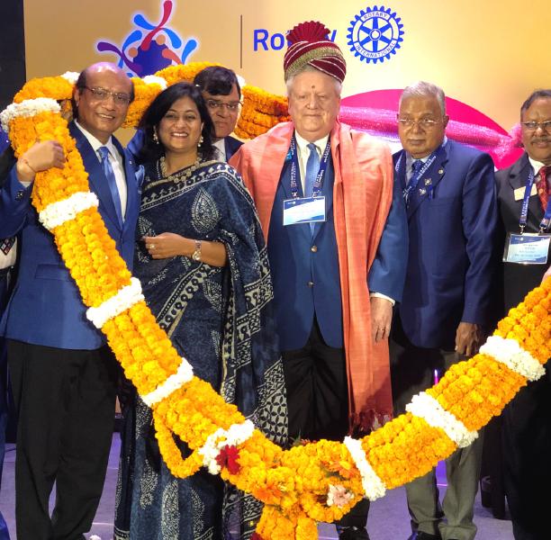 From L: RIDE Kamal Sanghvi, Sonal, DGE Gopal Khemka, RIPE Mark Maloney, Dr RN Singh and PDG Rakesh Prasad.