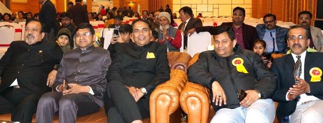 (from L) Rakesh Rastogi, DG Deepak Jain, RIPR Sanjay Khemka, AGs Uma Shankar Garg and Puneet Jain.