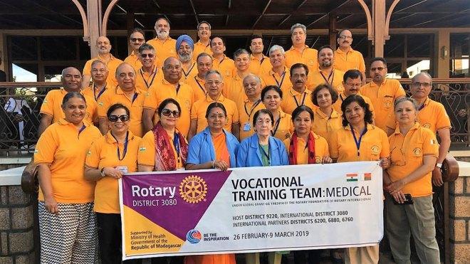 The medical mission team with PRIP Rajendra Saboo, Usha, RID C Basker and Mala.