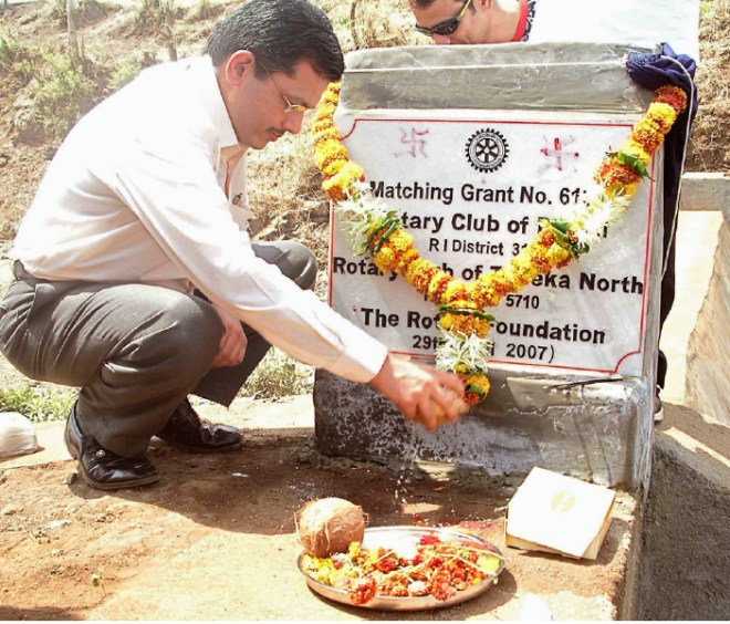 Inaugurating a check dam project of D 3140.