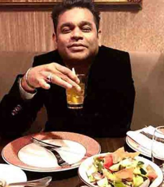 A R Rahman has Iftar dinner at Cannes Grammy and Oscar-winning musician A R Rahman breaks his Ramadan fast and has Iftar dinner at Cannes. The music maestro was at the film festival to promote his directorial debut Le Musk, India's first virtual reality film. He took to Instagram, where he posted a photograph of himself holding a glass of apple juice.