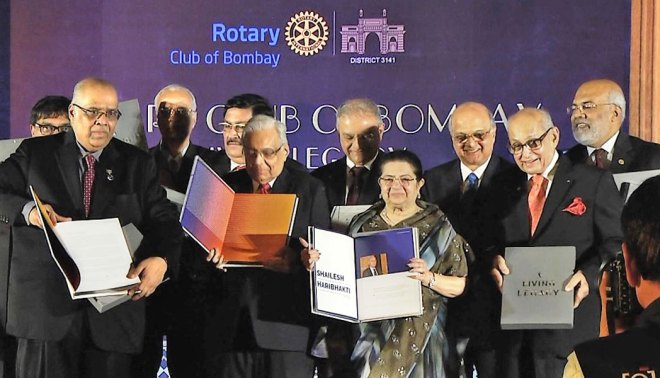 Chairperson of Aditya Birla Centre for Community Initiatives Rajashree Birla at the book launch with PRIP Kalyan Banerjee, TRF Trustee Gulam Vahanvaty, DG Shashi Sharma and RC Bombay President Vijay Jatia.
