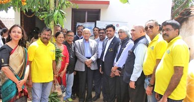 PRID-KalyanBanerjee-after-inaugurating-the-house-with-beneficiary-Deviah-and-Rotarians