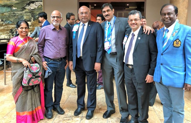RID C Basker along with PDG Sam Patibandla, RIDE Bharat Pandya, PDG Raja Seenivasan and Jayanthi Seenivasan.