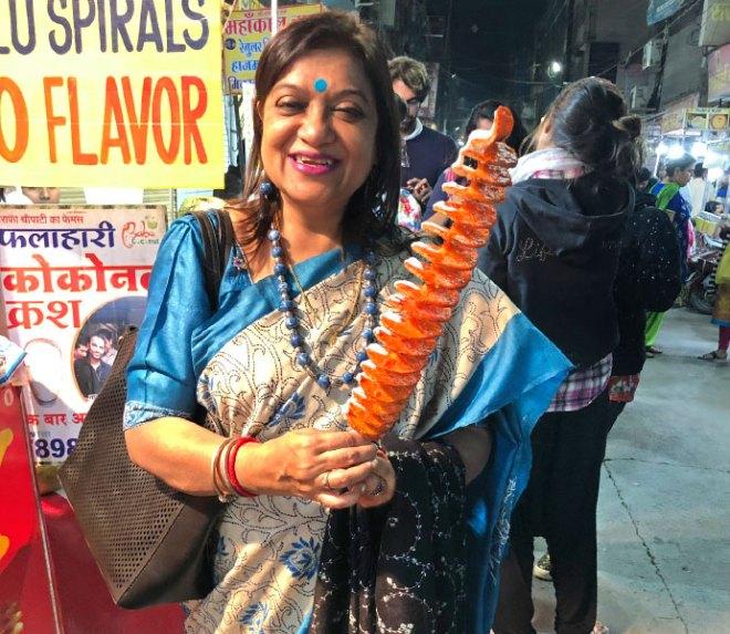 PDG Shyamashree Sen enjoying aalu spiral.