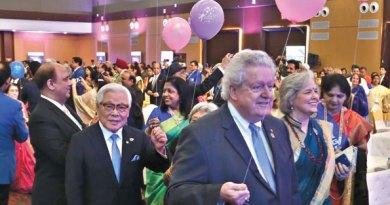 The Institute inaugural parade with President Maloney, Gay, Trustee Kita, RIPN Mehta and Rashi.