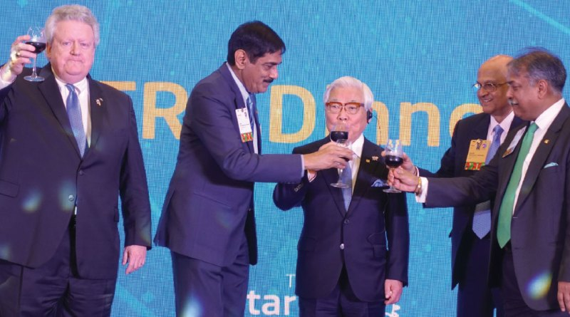 A TRF toast... with a Coke!: RI President Mark Maloney, EMGA Sam Patibandla, TRF Trustees Seiji Kita, Gulam Vahanvaty and EMGA Vinod Bansal.