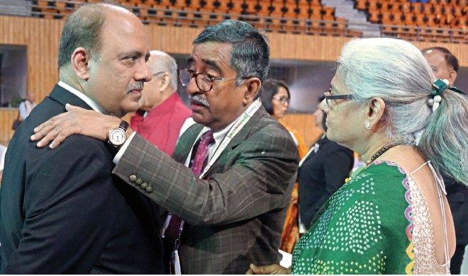 RIPN Shekhar Mehta, RIPR TN Subramanian and his wife Vidya.