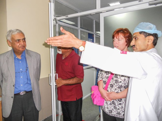O P Khanna (extreme L), chairman, Needy Heart Foundation, with a visiting dignitary.