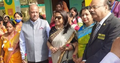 RIPE Shekhar Mehta and Rashi with DG Karunesh Srivastava at a Happy School in Gorakhpur.