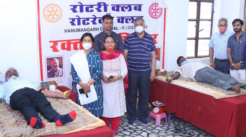 600---A-blood-donation-camp-at-Hanumangarh