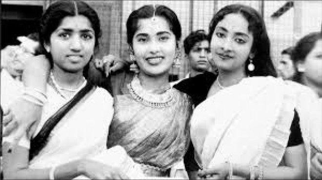 From L: Lata Mangeshkar, Geeta Dutt and Meena Kapoor.