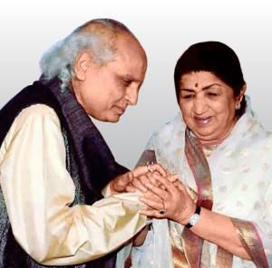Pandit Jasraj with Lata Mangeshkar.
