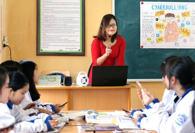 Ha Anh Phuong, an English teacher from Vietnam and one of the finalists of Global Teacher Prize 2020.