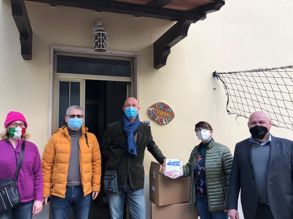 Consegna della pasta alla Casa Famiglia di Castelnuovo della Misericordia
