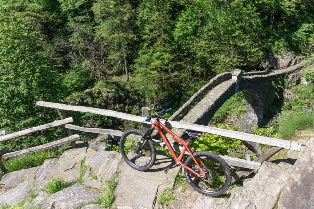 nicht viel mit Fahren bei der Römerbrücke