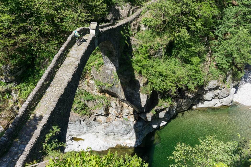 römische Brücke im Centovalli