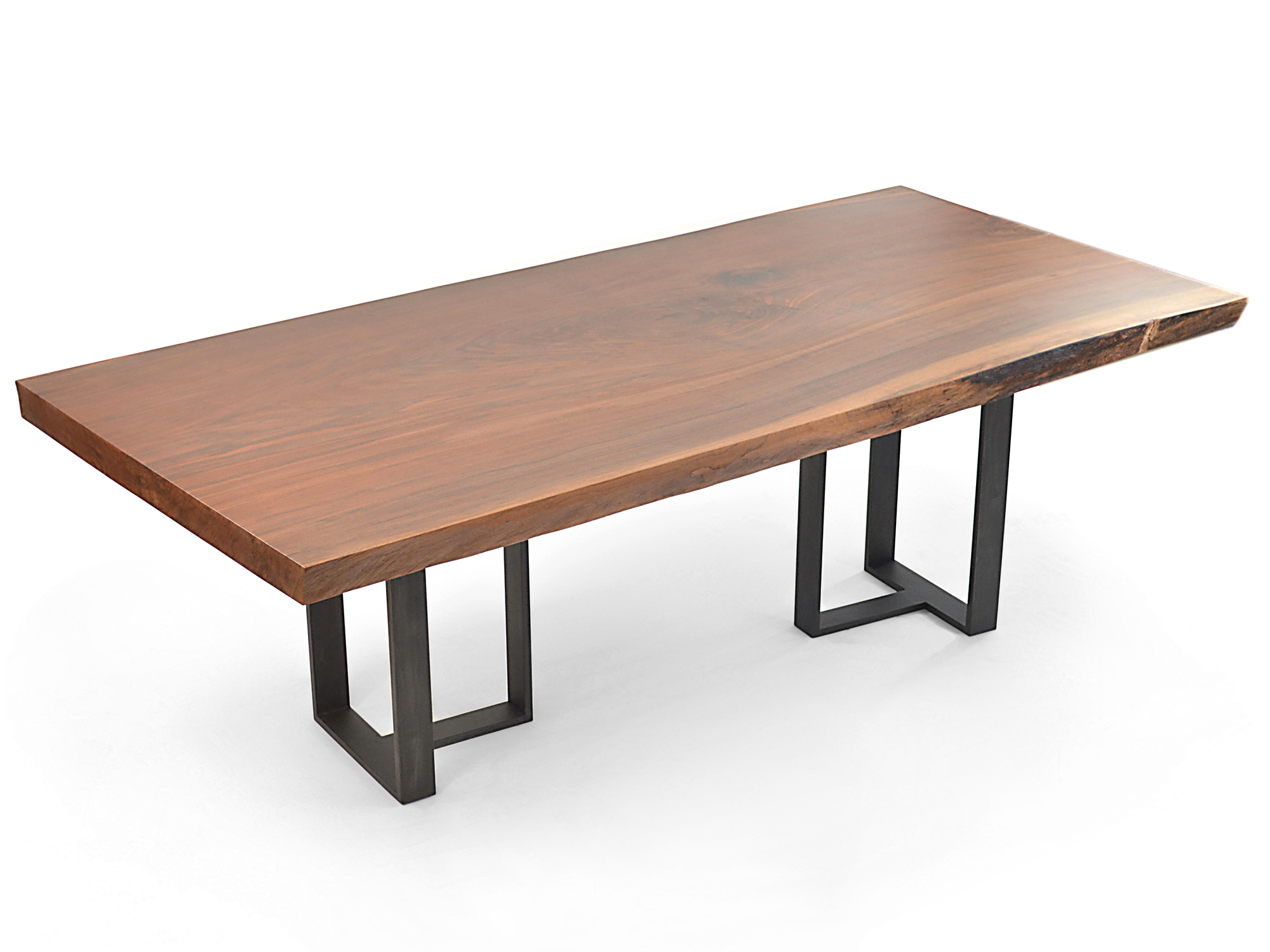 Project Feature: A Custom Dining Table for Plusdesign