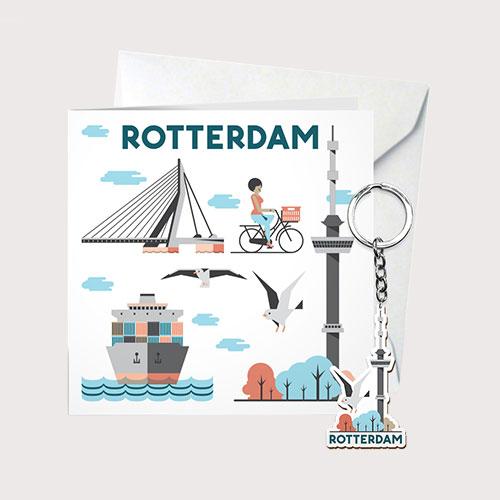 Cadeau kaart Rotterdam met sleutelhanger van hout