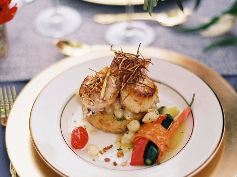 Our artistically composed dinner entrees looks as good as they taste! Photo by Bonnie Sen Photogrphaphy