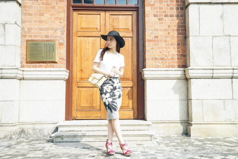 2. Believe in yourself, agnes b., agnes b. hat tria, Aquazzura, asos, asos pencil skirt, Celine, Celine Box bag, CHANEL, Chanel sunglasses, J.Crew, J.Crew Vintage cotton-jersey, The Peach Box, street style, casual style, summer style