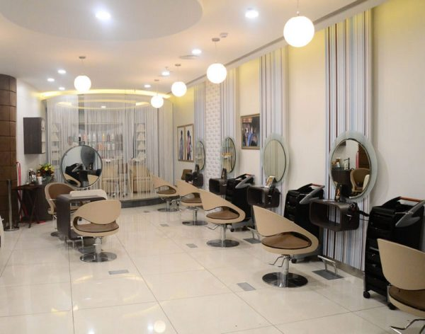 Salon Review   Hair Cutting Experience in B:Blunt mini - RougePouts