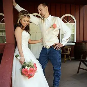 Create stories at your Rough & Ready Vineyards outdoor wedding, Nevada County's Favorite Vineyard Wedding Venue