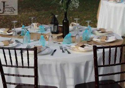 Outdoor wedding reception table at Rough and Ready vineyards is one of the Nevada County's places tp get married or hold receptions