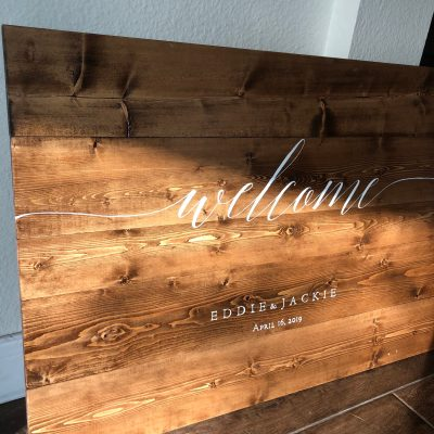 DIY Wedding Welcome Sign on Wood (free template)